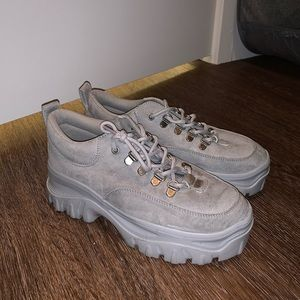 Grey sneaker/ low top platform shoe